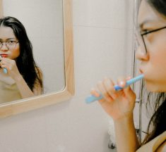 Daily Habits that are Harmful to Dental Health